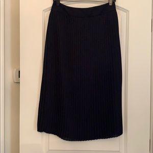 Jcrew pleated midi skirt - navy size 6